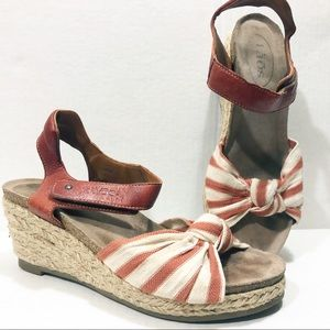 Taos Rust Orange Espadrilles Strappy Sandal 37 7M